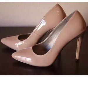 Michael Antonio Nude Patent Leather Pumps Heels 9